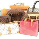 ブランド品のバッグや小物